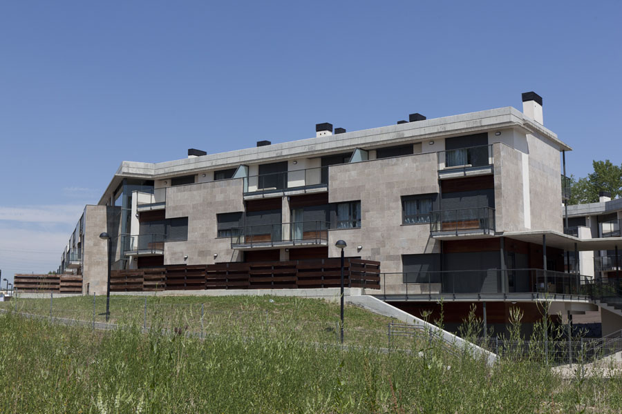 Aparthotel jardines de aristi desde 65 vitoria for Hotel jardines de uleta vitoria