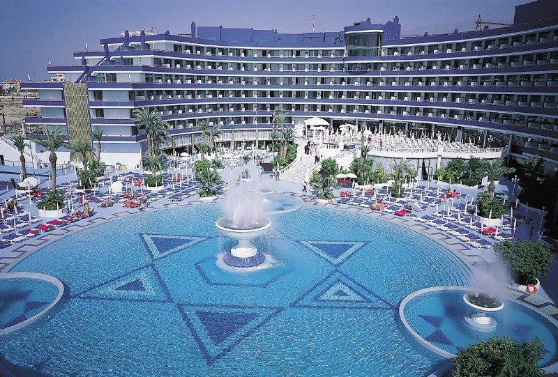 13 Hoteles Con Piscina Cubierta En Tenerife Surespaña Hoteles En B
