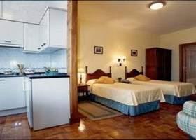 Cantábrico Hotel y Apartamentos