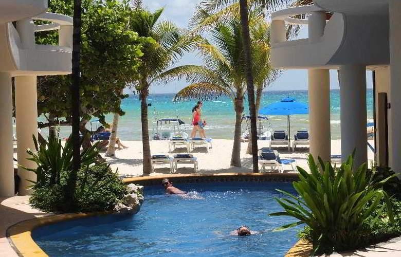 Playa Palms - Pool - 7