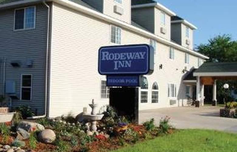 Rodeway Inn & Suites near Okoboji Lake - Hotel - 0