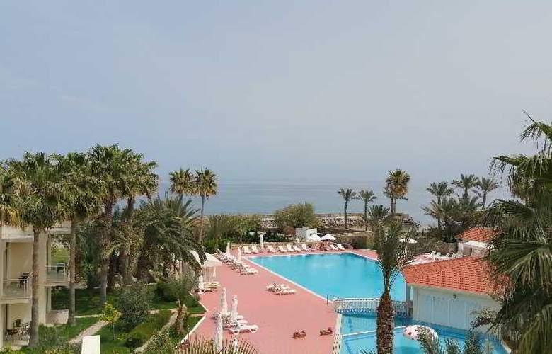 Oscar Resort - Pool - 4