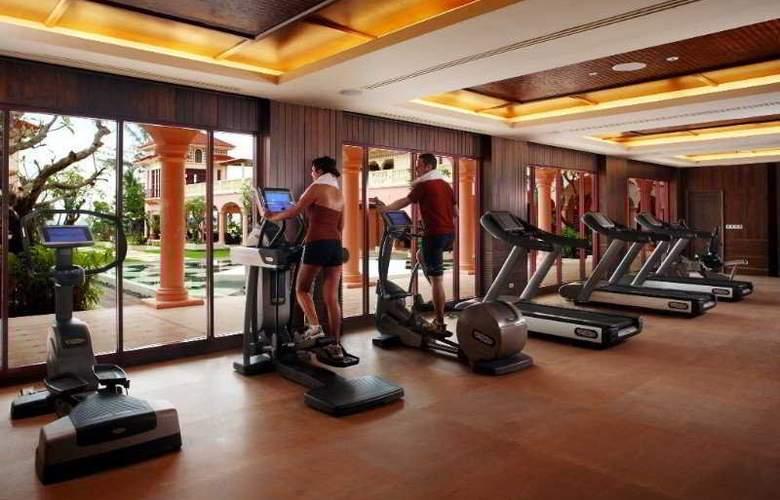 Centara Grand Beach Resort Phuket - Sport - 8