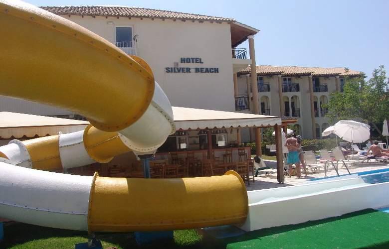 Silver Beach - Pool - 0