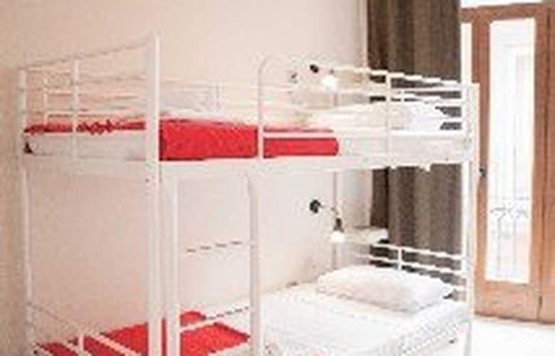 Hulot Hostel Valencia - Room - 3