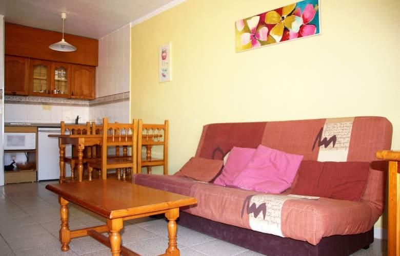 Apartamentos Habitat - Playa Romana 3000 - Room - 1