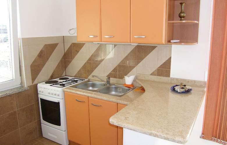 Private Apartments - Makarska & Surrounding - Room - 1