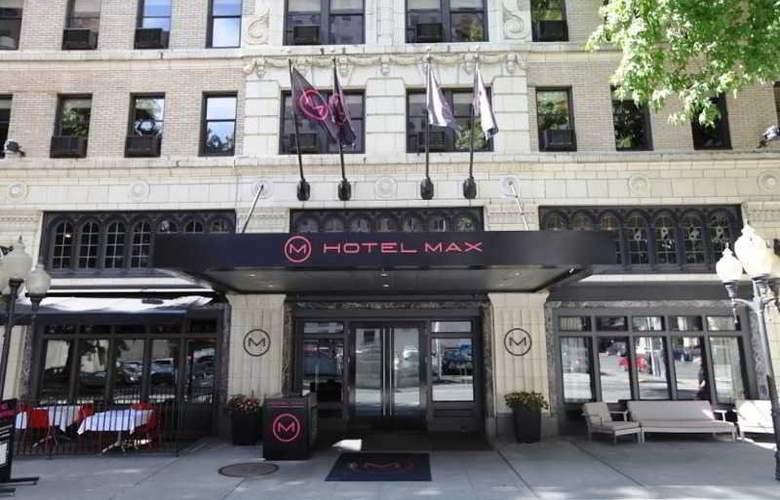 Max - Hotel - 1