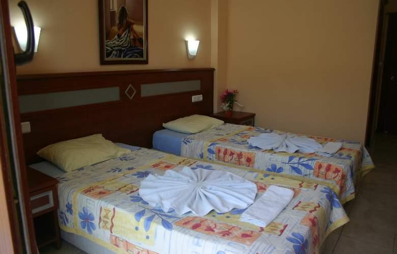 Selge - Room - 13