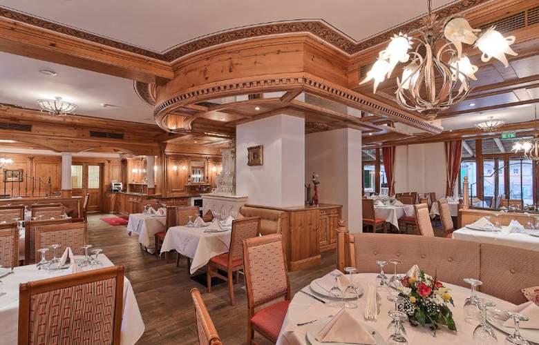 Mercure Sighisoara Binderbubi - Restaurant - 4