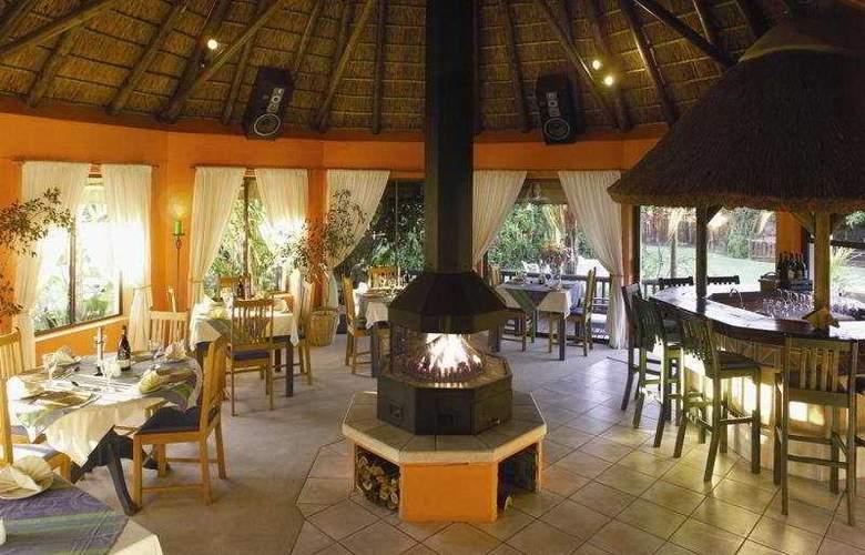 Sandals Guesthouse - Restaurant - 6