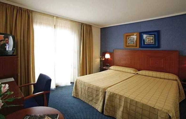 Torreluz Centro - Room - 2