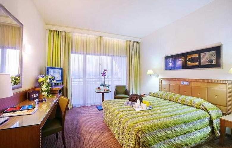 Ajax - Room - 3