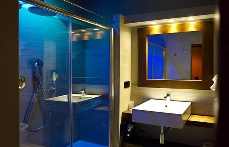 Mentana - Room - 4