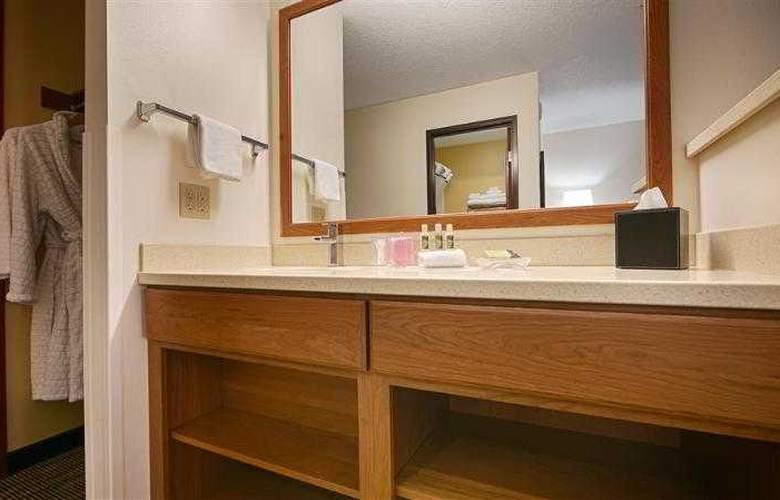 Best Western Plus Park Place Inn - Hotel - 55