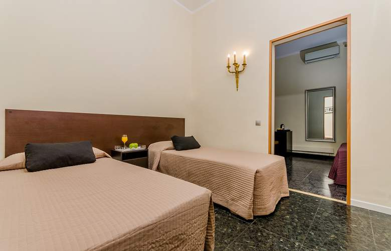Victoria Palace - Room - 2