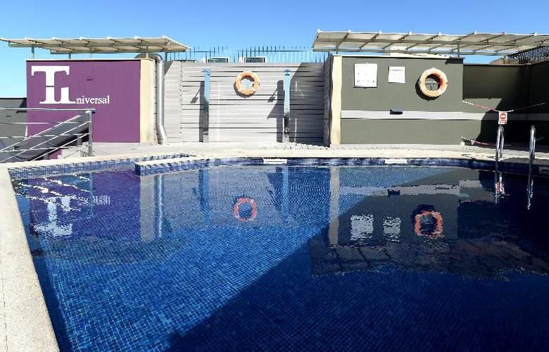 Barcelona Universal - Pool - 59