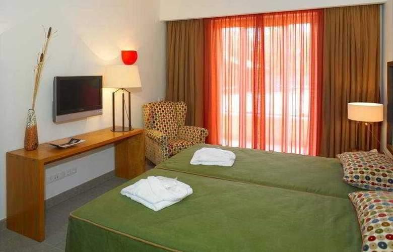 Monte da Quinta Suites - Room - 8