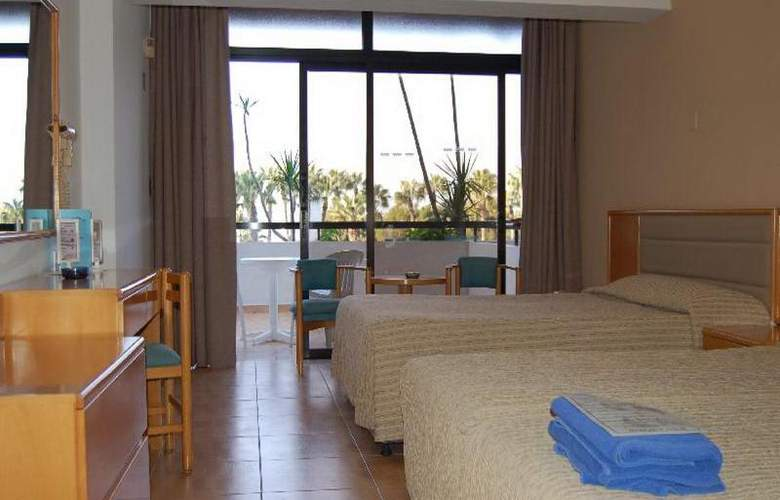 Cavo Maris Beach - Room - 10