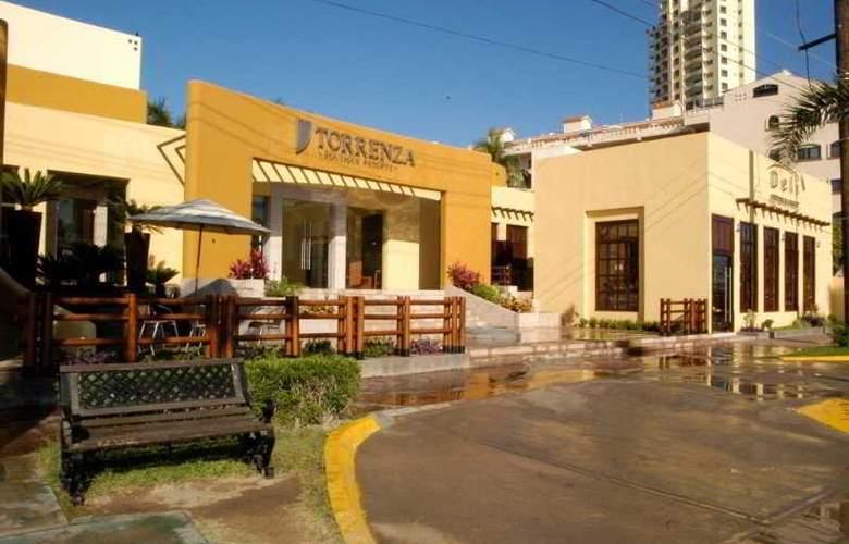 Torrenza Boutique Resort - Hotel - 0