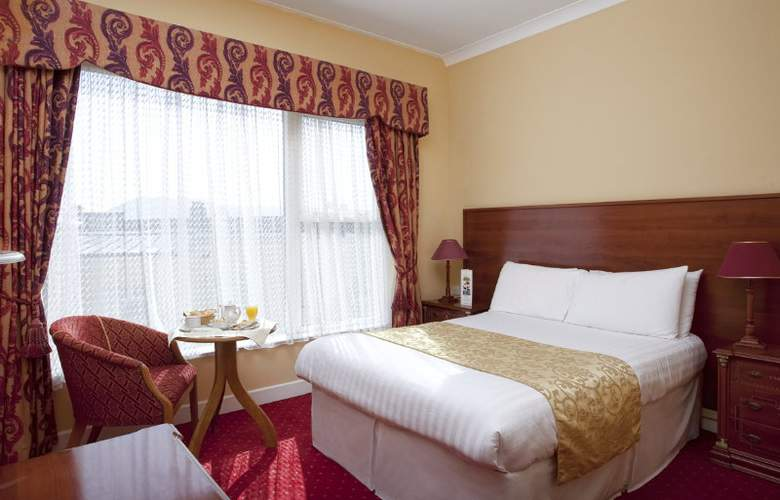 The Royal Hotel and Merrill Leisure Club - Room - 7