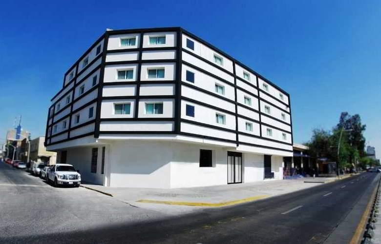Portonovo Plaza Guadalajara - Hotel - 0