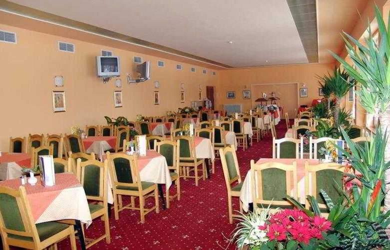 Bor Hotel - Restaurant - 4
