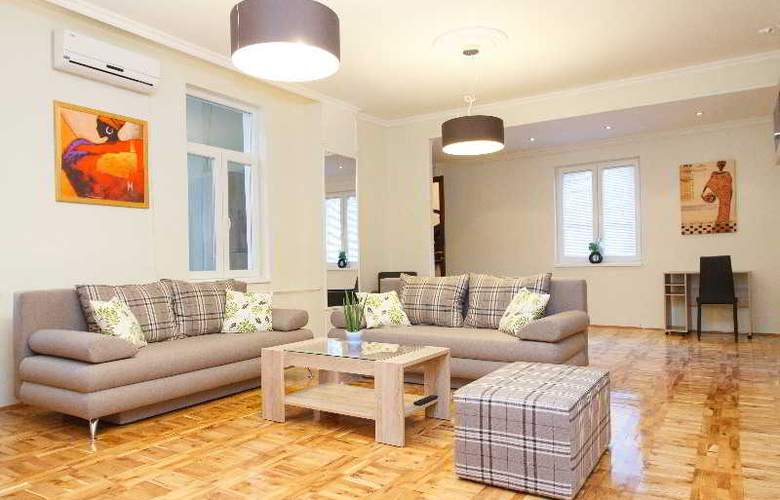 3 Bedroom Apartment cENTRAL sQUARE - Hotel - 4