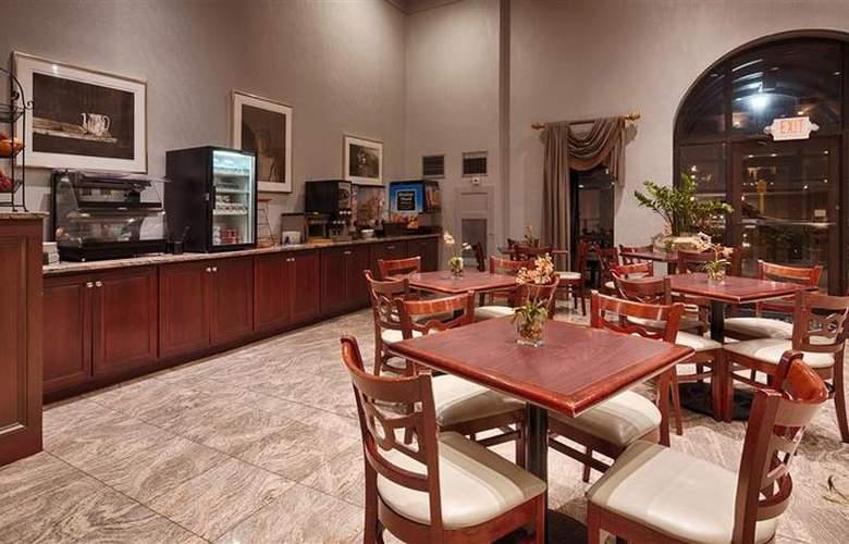 Best Western Plus Concordville Hotel - Restaurant - 110