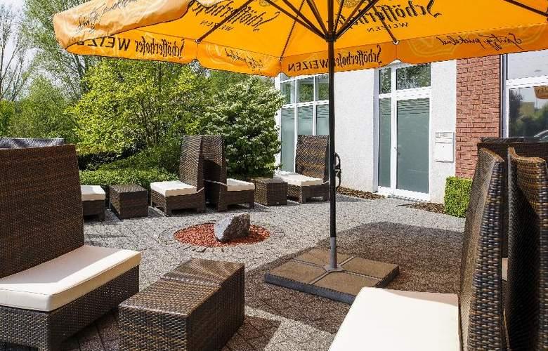 Park Inn by Radisson Kamen Unna - Terrace - 59