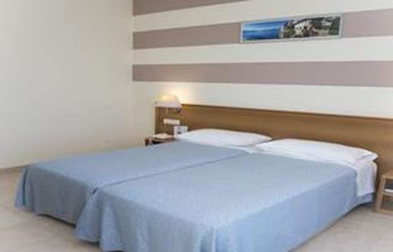 Alpi - Hotel - 3