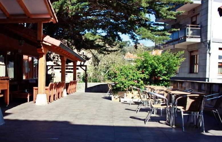 Hosteria San Emeterio - Terrace - 5