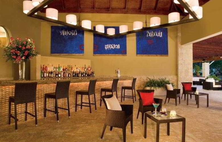 Hilton La Romana, an All Inclusive Family Resort - Bar - 22