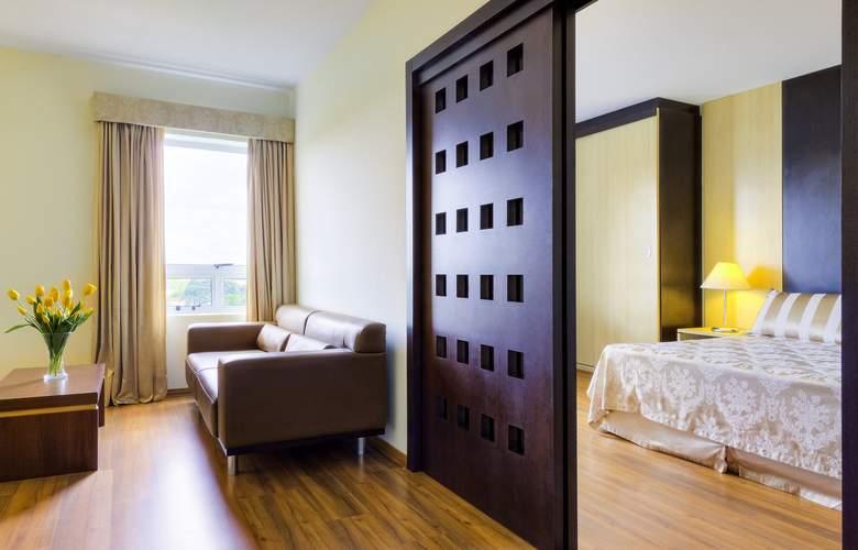 Ibis Styles Curitiba Santa Felicidade - Room - 9