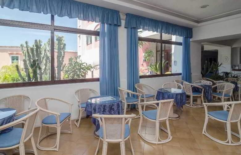 Flora - Hotel - 7