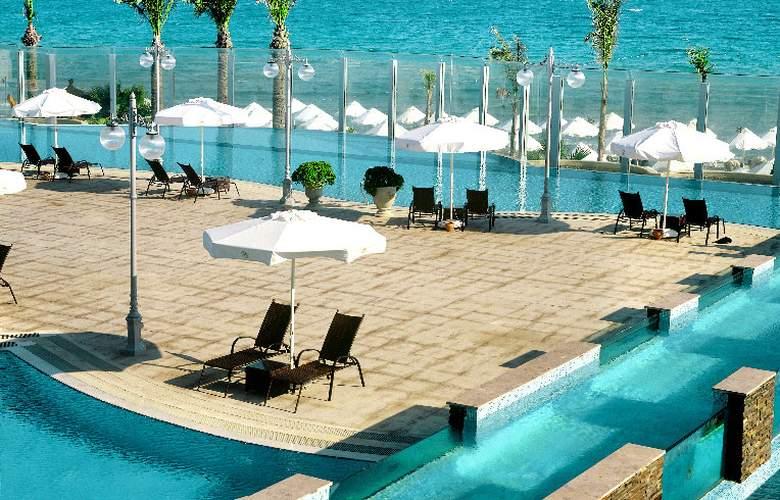 Sheraton Cesme Resort Hotel & SPA - Pool - 4