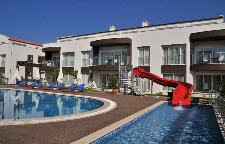 Odyssey Residence - Hotel - 0