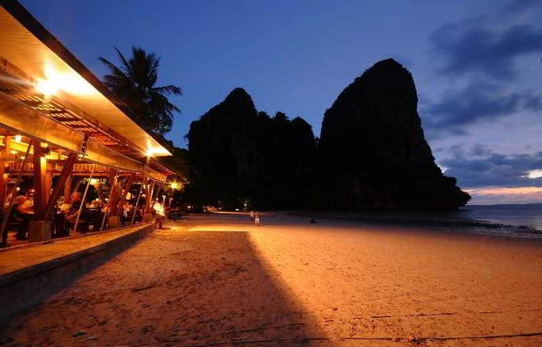 Railay Bay Resort and Spa - Restaurant - 15