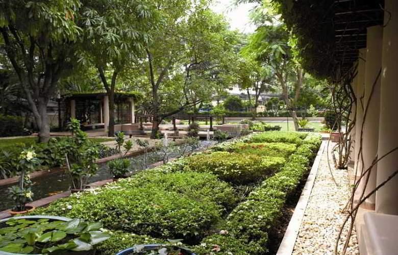 Somerset Park Suanplu - Hotel - 3