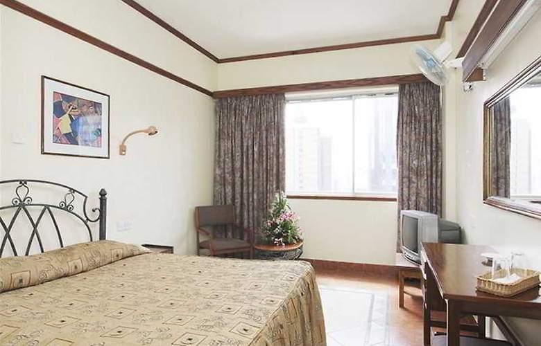 680 - Room - 4