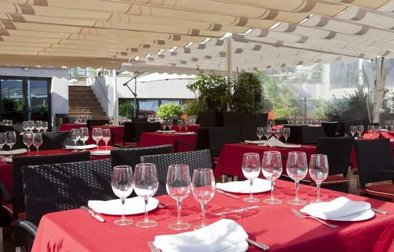 Carlos I Silgar - Restaurant - 28
