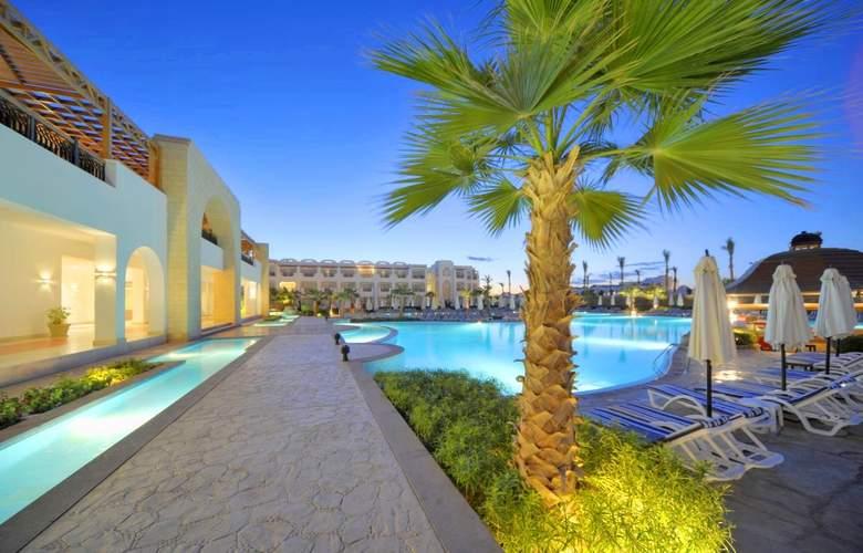 Tiran Island Hotel - Pool - 3