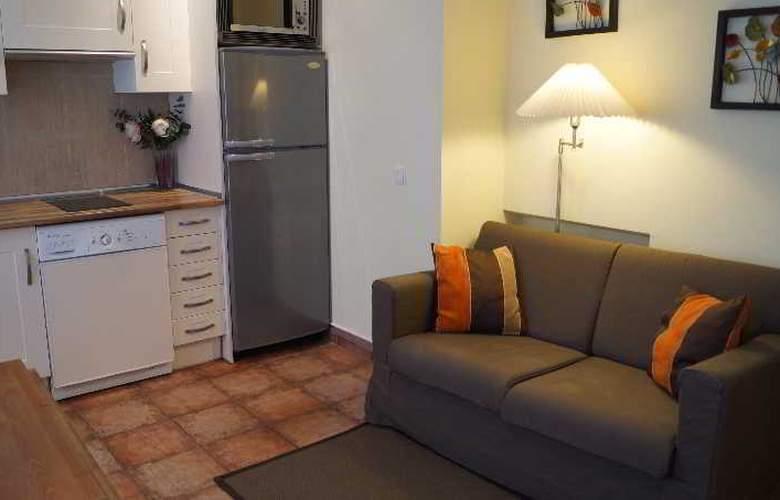 H2 Tirso de Molina - Room - 7