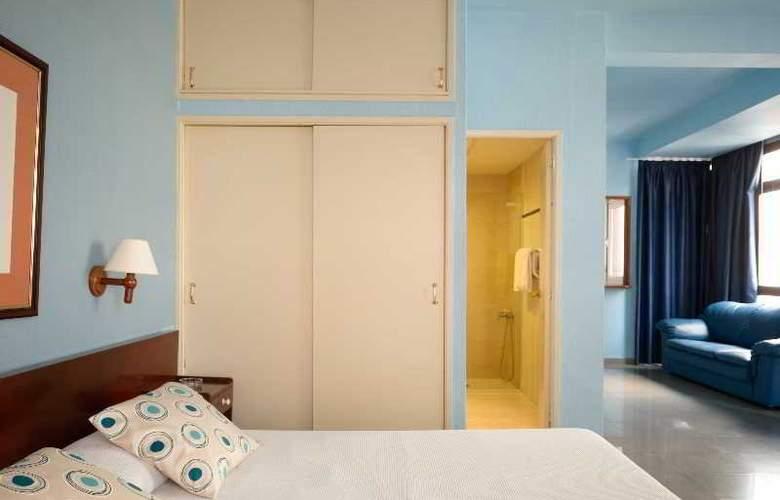 Atlanta - Room - 7