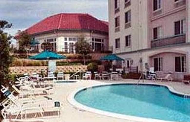 La Quinta Inn & Suites Dallas/North Central - Room - 5