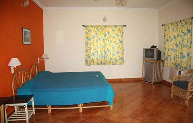 Chalston Beach Resort - Room - 3
