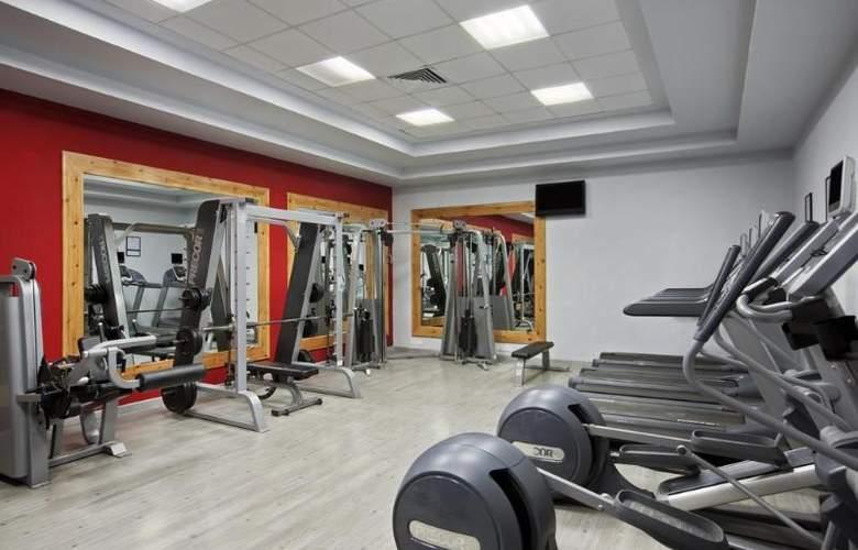 Hilton Long Beach Resort - Sport - 30