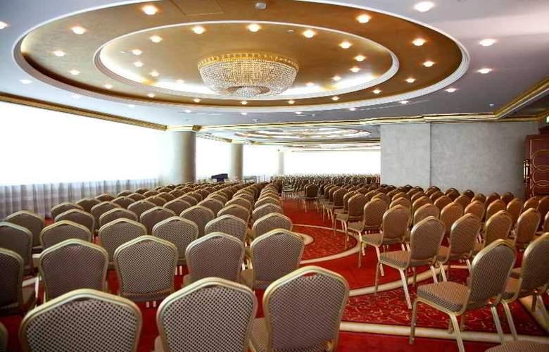 Grand Excelsior Al Barsha - Conference - 3