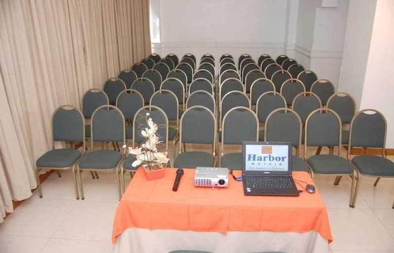 Harbor Hotel Regent Suites - Conference - 1