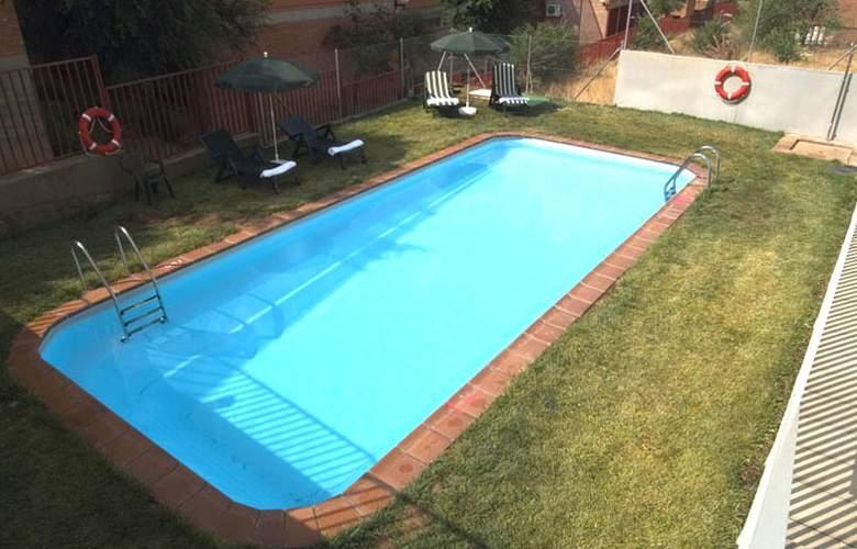 Eurostars Toledo - Pool - 2